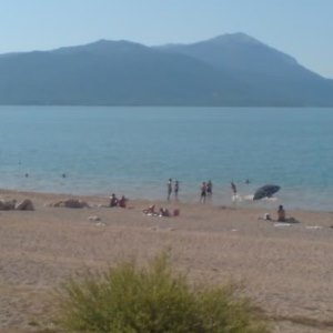 VIDEO: Rješenje za osvježenje je Buško jezero i plaža Marinovac